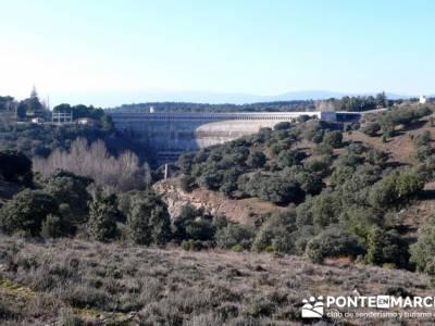Ruta senderista por el embalse de Puentes Viejas; las mejores rutas de senderismo en madrid